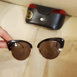 NWOT Polaroid sunglasses